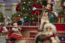 Disney revela mais detalhes do 'Holiday Magic' que celebra o Natal e Ano Novo em Orlando