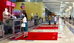 Emirates começa a utilizar passe digital de saúde desenvolvido pela Iata