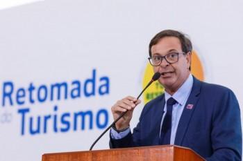 MTur revoga mais de 430 atos normativos