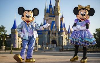 Disney reabre todos os parques temáticos pela primeira vez em 17 meses
