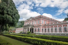 Museu Imperial de Petrópolis é reaberto no RJ