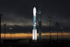 Nasa Kennedy Space Center recebe novo foguete para exposição