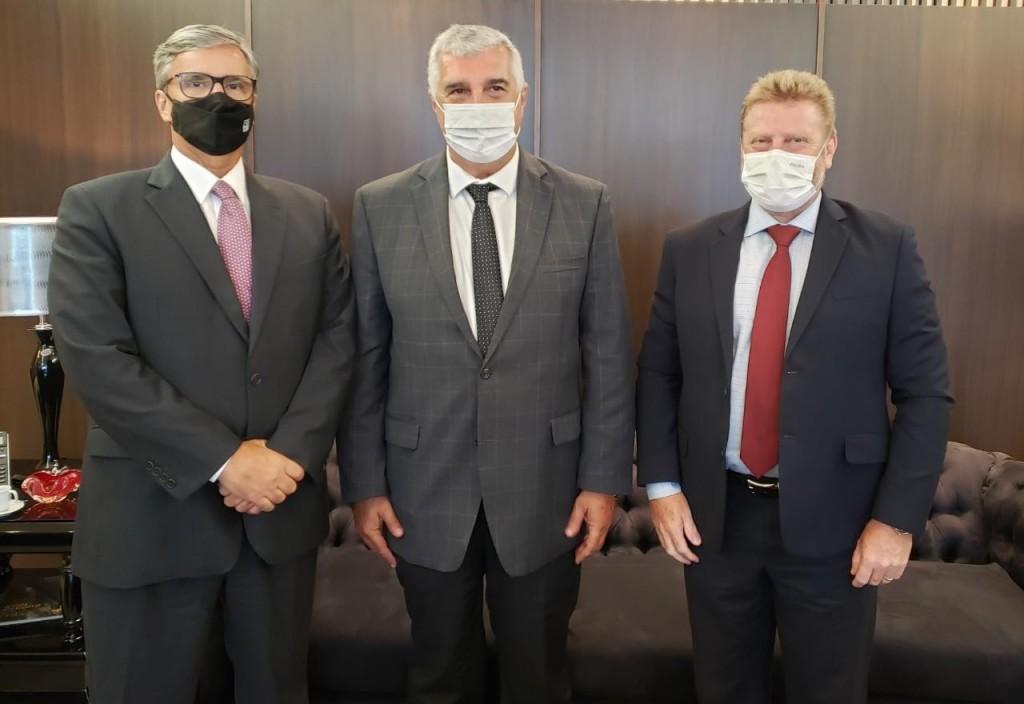 Representantes do Hotéis Rio e ABIH-RJ se reúnem com presidente do Tribunal de Justiça do Rio de Janeiro