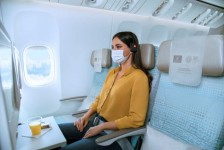 Emirates passa a comercializar assentos vazios adjacentes em voos; entenda