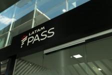 Latam inaugura novo espaço para embarque em Guarulhos