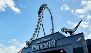Universal: Jurassic World VelociCoaster será aberta no dia 10 de junho