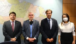 MTur e Embratur debatem projetos de infraestrutura turística para Caruaru (PE)