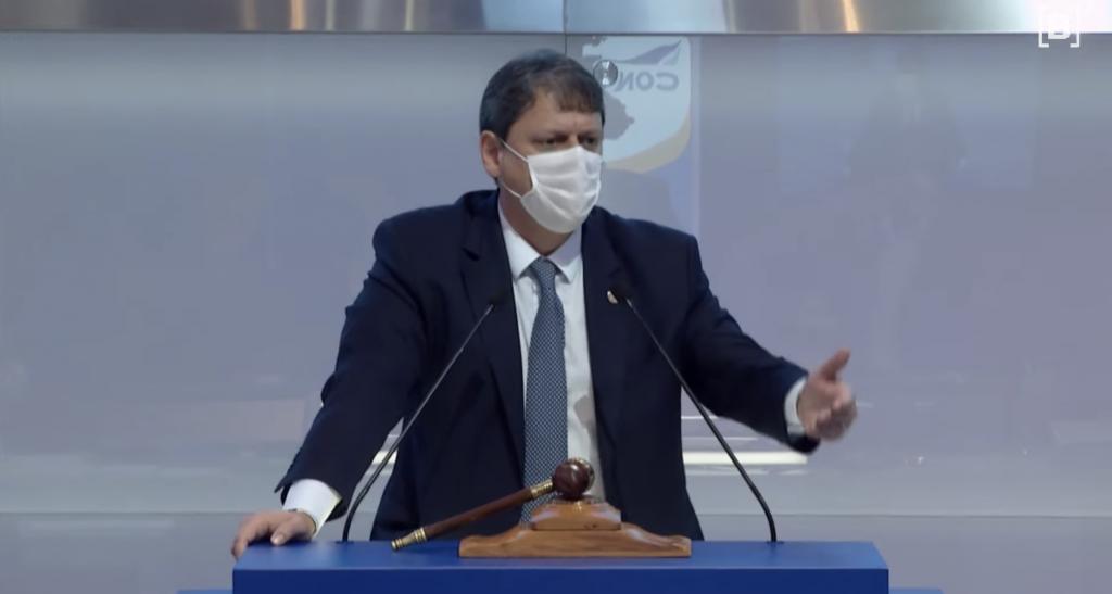 Ministro da Infraestrutura, Tarcísio Freitas, em discurso após o leilão da 6ª rodada.