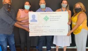 Setur-RJ entrega mais de 400 carteiras a profissionais do Programa de Artesanato