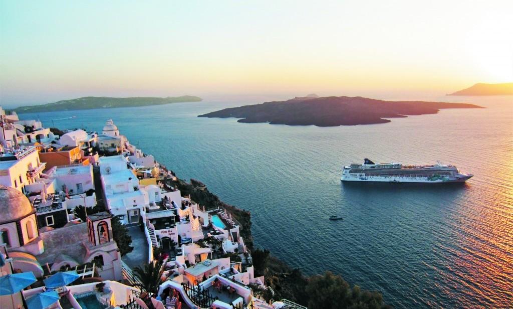 ncl_Jade_Aerial_Greece_Santorini_sky (3)
