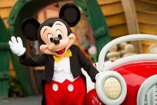 Disney revela atrações reabertas e volta dos personagens em parques da Califórnia