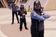 Disney revela uniformes de nova área temática de 'Avengers'