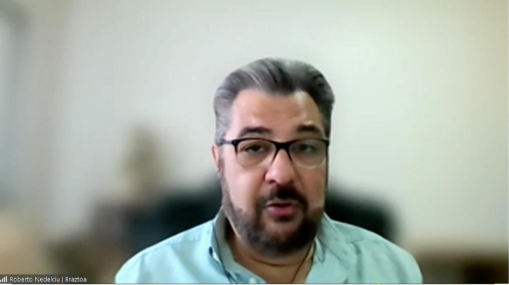 Roberto Nedelciu, presidente da Braztoa, durante painel na BNT