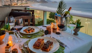 Pestana Rio Atlântica lança jantar intimista em suítes