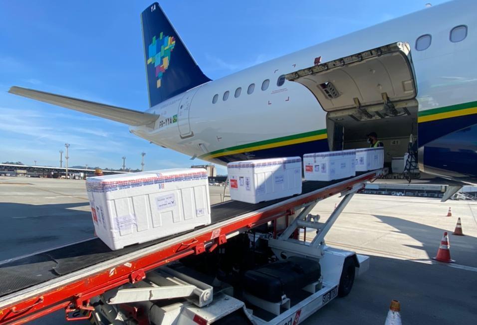 24.06.2021_Carregamento aeronaves em Guarulhos 4.mp4