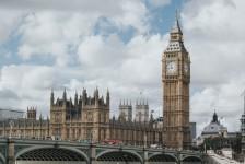 Buscas de voos para o Reino Unido sobem até 803%