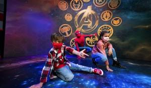 Disney inaugura hotel inédito dedicado à Marvel em Paris; veja fotos