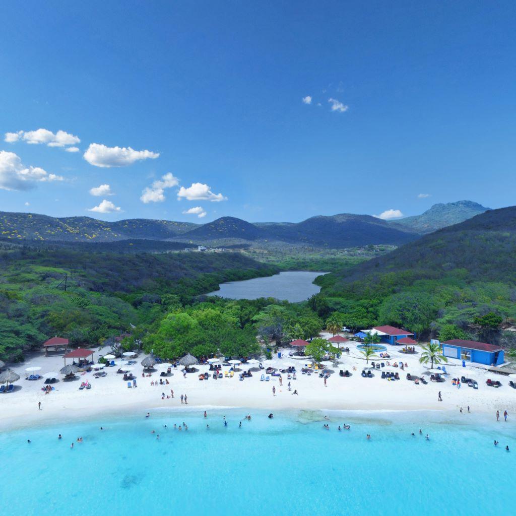 Praia de Kenepa Grandi, em Curaçao