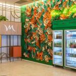 Lobby do Hotel contra com geladeiras Grab and Go