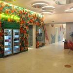 Lobby do hotel conta com geladeiras 'Grab and Go'