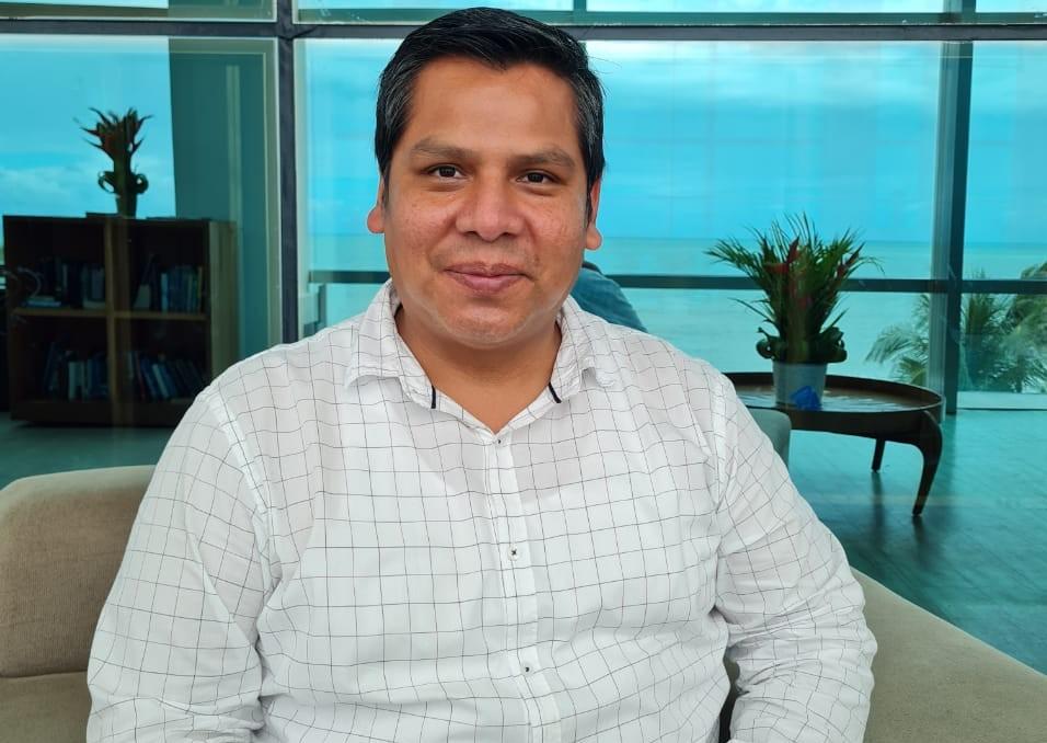 Tany Huanachi Chura- gerente de alimentos e bebidas SERHS Natal Grand hotel & Resort