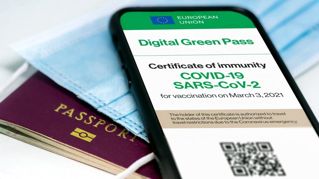 vacina certificado passaporte