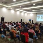 Mais de 100 profissionais participam do evento