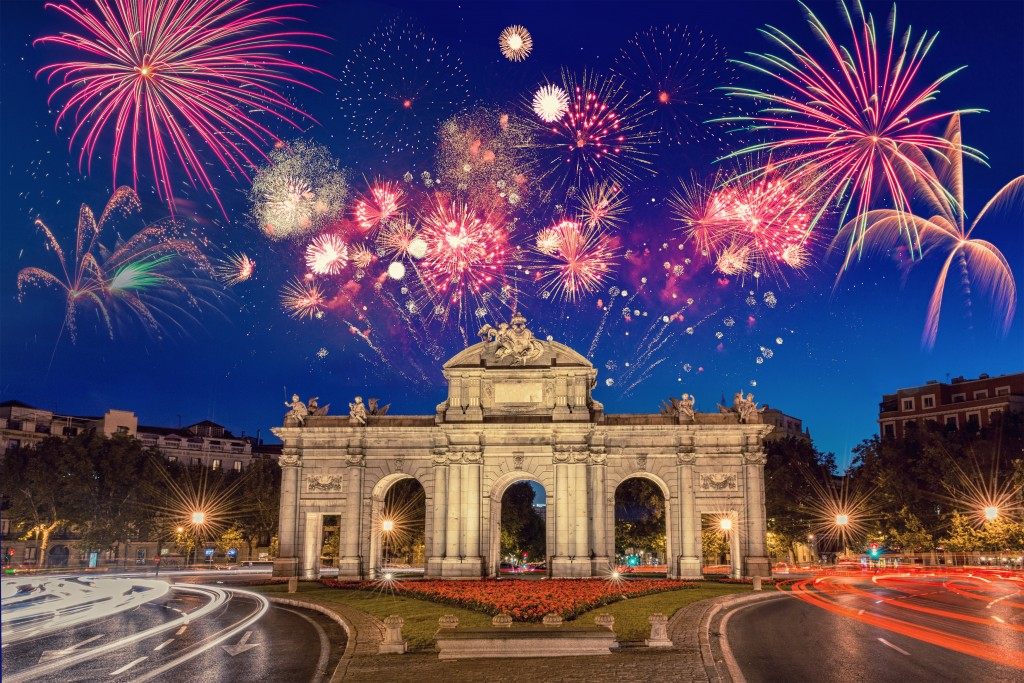 Fireworks,In,Madrid,(spain),During,New,Years,Celebration