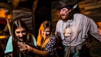 Halloween do SeaWorld Orlando vai até 31 de outubro com shows e casas assombradas