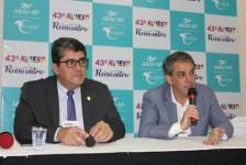Assembleia confirma reeleição de Fernando Santos na Abav-SP