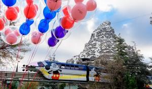 Disney retoma operações do seu monotrilho na Califórnia